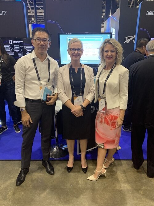 Samuel Chew - OCBC Bank. Hayley Horan - NZ Trade Commissioner in Singapore. Carmen Vicelich - Founder and Global CEO of Valocity at the 2019 Singapore Fintech Festival, NZ Pavilion.